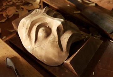 Exposición Máscara Teatral – De la Confección al Uso